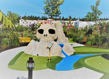 Adventure Golf Scull